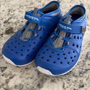 London Fog Toddler water shoes